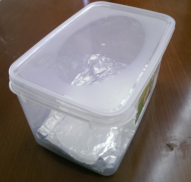 A simple plastic tub used for 'cold vapour treating' with acetone, a much safer alternative and recommended to start on. RRP: $4 AUD