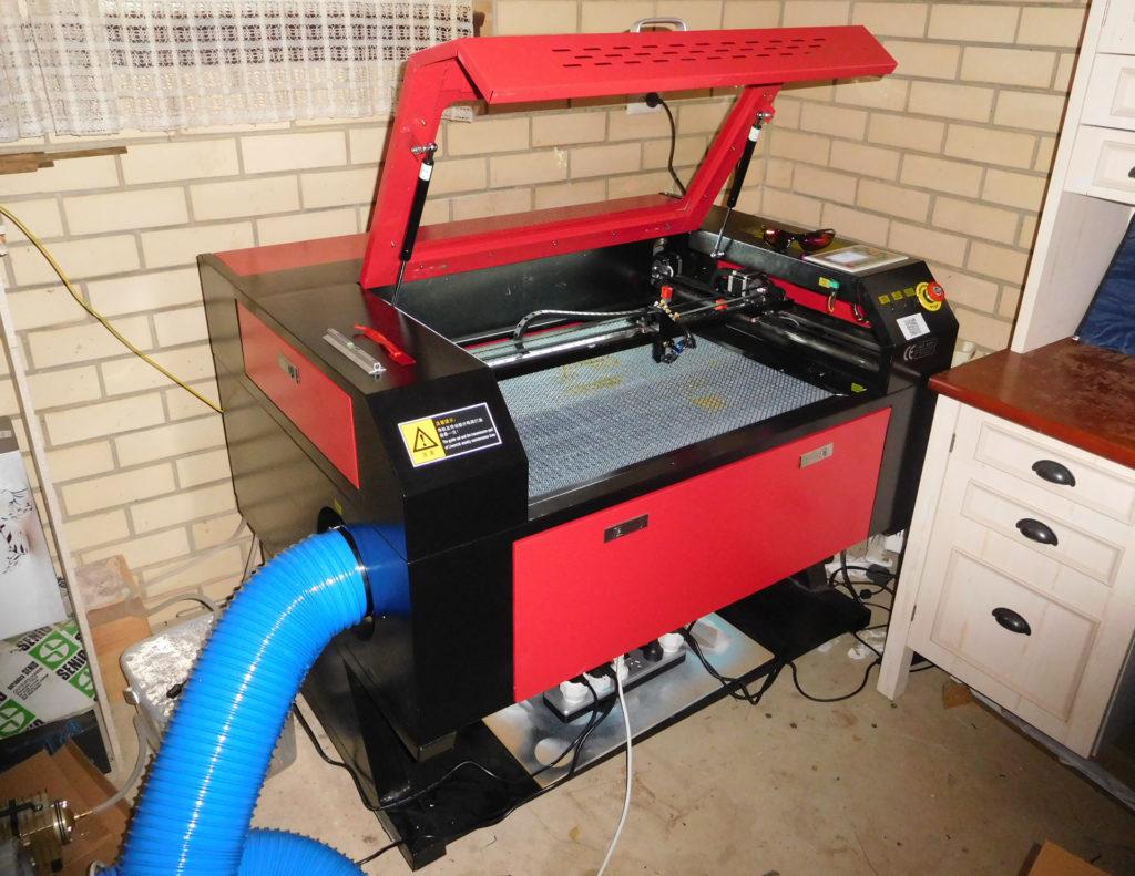 Laser cutter/engraver